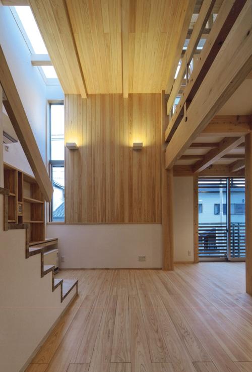 体にやさしい無垢の木材