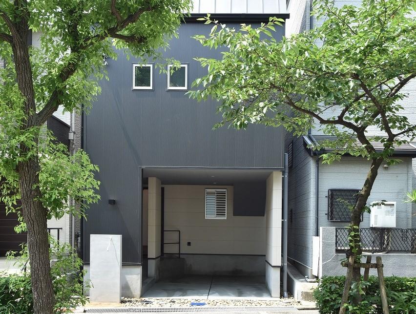 外壁材のメリットデメリット:ガルバニウム