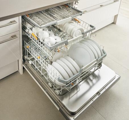 LIXILサイトからお借りした、ミーレの食洗器写真
